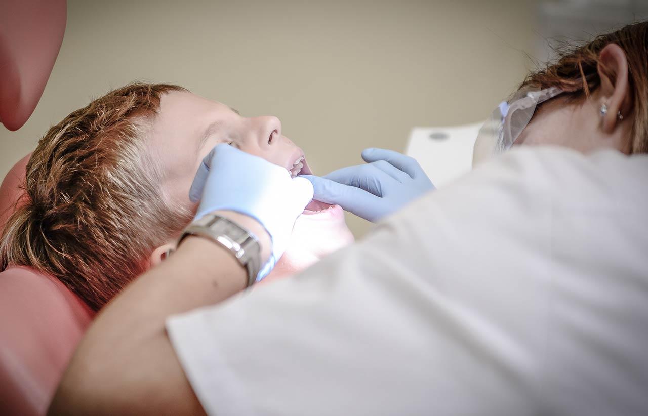 Quanto dura un trattamento ortodontico nel ragazzo - Dr. Antonio Manni - Dentista - Racale Lecce
